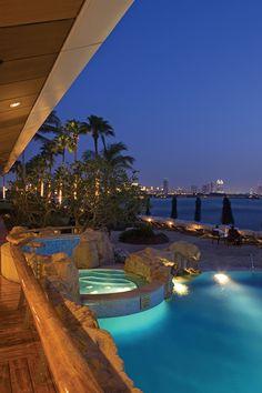 Night view of the pool at Burj Al Arab Dubai #luxurydubai