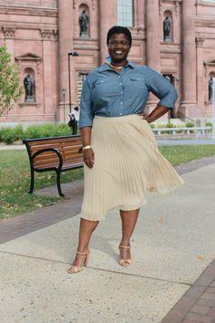 eloqui pleated skirt, plus size pleated skirts, old navy, denim shirts, plus size denim shirts, ALDO heels, ALDO