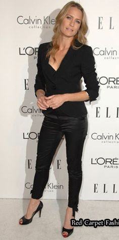 The magnificent Robin Wright in all black