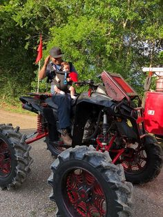 Ricky P Walker, When u on daddy duty but wanna ride! Can Am Atv, Motorcross Bike, Atv Four Wheelers, Racing Wheel, Country Quotes, Best Luxury Cars, Buggy, Hunting Clothes, Trail Riding