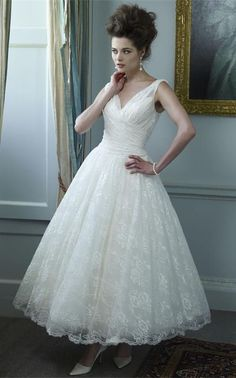White/Ivory Lace Tea Length Evening Bridesmaid Formal Ball Dress Wedding Gown