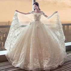 Lovely photo of bride &Gown Lace Wedding Dress, Bridal Dresses, Wedding Gowns, Boho Wedding, Dream Wedding, Barbie Mode, Quinceanera Dresses, Fantasy Dress, Beautiful Gowns