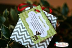 Get the kids excited for Santa, but don& forget the Reindeer! Here& your Reindeer Food Poem Free Printable. I& also got the recipe handy too! Christmas Candy Bar, Simple Christmas, All Things Christmas, Christmas Holidays, Xmas, Chevron Christmas, Christmas Ideas, Christmas Decorations, Christmas Centerpieces