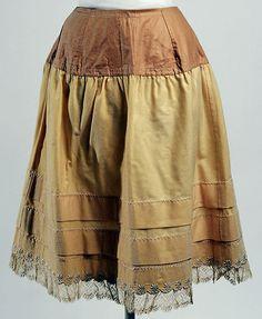 1888___ Petticoat, wool. American or European.