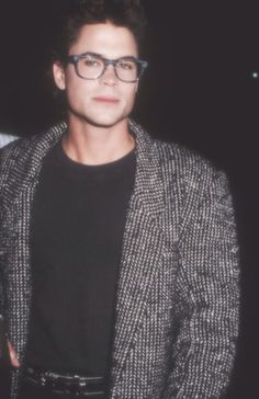 Soda looking hot in his glasses 😍 The Outsiders Sodapop, The Outsiders 1983, Cute Celebrity Guys, Cute Celebrities, Rob Lowe 80s, Chris Traeger, Charlie Sheen, Movie Magazine, Hate Men