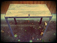 Table vintage, style industriel