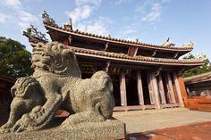 Taiwan Rundreisen - Jetzt Urlaub buchen!  Tai Pan Taiwan, Strand, Lion Sculpture, River, Recovery, Temples, National Forest