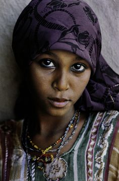 Yemeni girl photographed by Steve McCurry