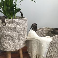 Whether you need to store towels or toys, these beautiful Rope Baskets are one of our favourite storage solutions. Wardrobe Organisation, Organization, Uni Dorm, Laundry Shelves, Happy Room, Ikea Closet, Desk Tidy, Rope Basket, Marie Kondo