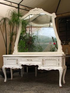 Shaby Chic---love this for addy' room when she's older.