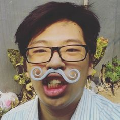 OOOO! LOOK AT MY FABULOUS MOUSTACHE!!! #me #selfie #moustache #fabulous #tgt #3d #3dprinter #3ddesign #3dprinting #tgt #pics #weird #sebenernyacapepakenya #tapikece #yasudahlah by epsonrk