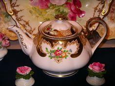 Royal Albert Teapot Royalty