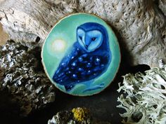 The brightest star - Owl brooch OR pendant - hand painted on wood by Amaya de la Hoz