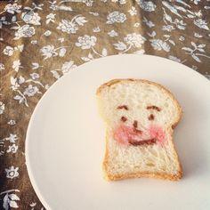 *  昨日買ってきたパンの形があまりに可愛かったから、食パンマンにしてみたよ(๑′ᴗ‵๑)  ちびっこはお昼寝中だけど、起きたら喜んでくれるかなー(๑′ᴗ‵๑)?  *  #bread #kinaxfood - @闵说昵称可不可以再长点- #webstagram
