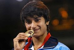 Vinesh Phogat : Gold medal in Women's wrestling, 48kg