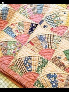 Scrappy Quilt Patterns, Scrappy Quilts, Easy Quilts, Quilting Ideas, Quilting Projects, Quilting Designs, Quilt Blocks, Sewing Projects, Old Quilts