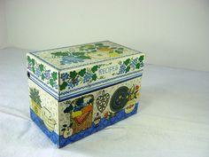 Vintage RECIPE BOX Fruit Grapes Kitchen by LavenderGardenCottag, $12.00