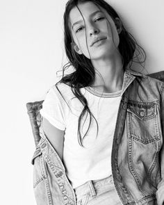madewell whisper cotton ringer tee worn with the perfect summer jean jacket.