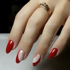 Cute Nail Art Ideas for a Red Manicure Red Manicure, Manicure E Pedicure, Pink Nails, Glitter Nails, Glitter Art, Fall Pedicure, Red Glitter, Sparkle Nails, Trendy Nail Art