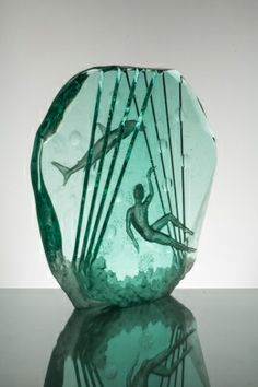 Shark Hunter in hand-carved laminated glass by Peter Nilsson