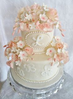 Cake Decorating Romantic Bows Wedding cakesmore and more