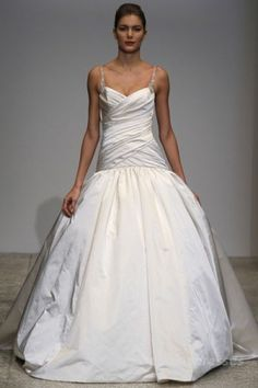 What an Entrance Maker! Kenneth Pool for Amsale Admired Couture Bridal Gown Ballroom Wedding Dresses, V Neck Wedding Dress, Wedding Dresses 2014, Wedding Gowns, Dresses 2013, Discount Designer Wedding Dresses, Designer Dresses, Stylish Eve, Bridal Gowns