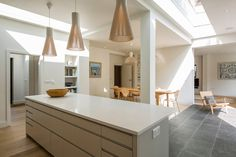 Muswell Hill House - Contemporary - Dining Room - London - by Jones Associates Architects 1930s House Exterior, Bungalow Renovation, Contemporary Kitchen Design, Building A New Home, House On A Hill, Open Plan Kitchen, Kitchen Ideas, Luxury Kitchens, Kitchen Interior
