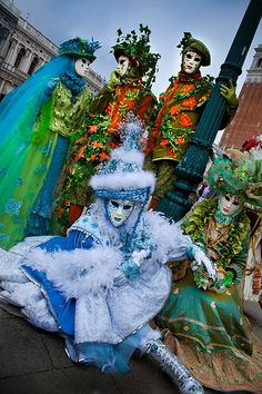 Venice carnival     book now 10% discount Vito Maurogiovanni tour guide!  book for the 2015 carnival party of Venice info: vitomaurogiovanni@libero.it