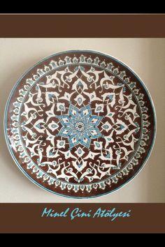 Ottoman Plate by özlem koç Turkish Tiles, Turkish Art, Glass Ceramic, Ceramic Plates, Decorative Plates, Pottery Plates, Pottery Art, Glazed Tiles, Teller