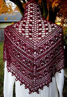 Isolde Shawl by Wendy Lewis. From Summer 2013 Crochet! Magazine