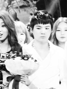 Suga~so modest // ah so cute Min Yoongi