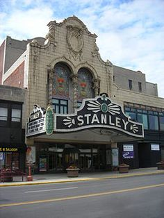The Stanley Theatre was opened in 1928...   the beauty flows from the inside with all it's grandeur to the sidewalk out front...  :::sigh:::