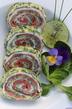 Rezept für leckere Lachs-Spinat-Röllchen mit CHIA Samen.