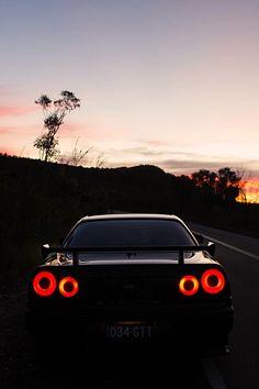 supercars-photography:Nissan Skyline