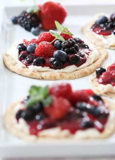 Berry Breakfast Pizza! #SomethingMoreSaturday