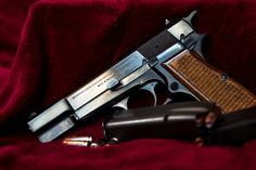 browning hi-power Max Scherzer Weapons Guns, Guns And Ammo, Cool Guns, Awesome Guns, Mini 14, Survival Equipment, Concealed Carry, Tactical Gear, Firearms
