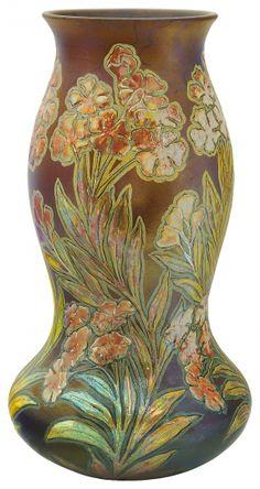 Zsolnay - Váza, stilizált virágokkal,  Zsolnay, 1899