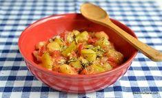 reteta dovlecei scazuti New Recipes, Cooking Recipes, Romanian Food, Guacamole, Potato Salad, Main Dishes, Salsa, Bacon, Lunch