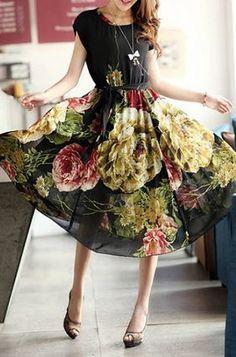 Stylish Black Scoop Neck Flower Print High Waist Short Sleeve Women's Chiffon Dress