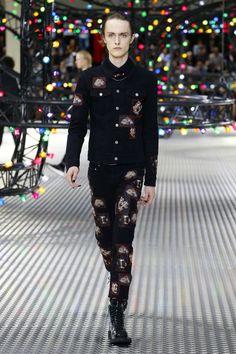 Dior Homme   Menswear - Spring 2017   Look 42