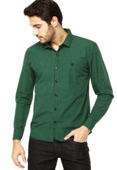 Camisa Mandi Xadrez verde, traz padronagem xadrez e bordado da marca. Conta com mangas longas e gola de ponta. Confeccionada em tecido de toque macio. Fechamento frontal por botões. Medidas do Modelo: Altura 1,87m / Tórax 100cm / Manequim 40/42. http://www.dafiti.com.br/Camisa-Mandi-Xadrez-Verde-1608861.html?a_aid=Vanilla&utm_content=Vanilla&utm_medium=af&utm_source=1294241758&af=1294241758