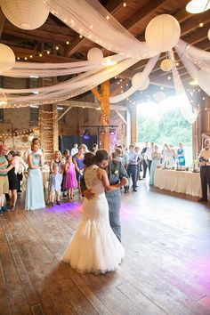 Rustic Church Barn Wedding / Melanie Grady Photography See more on www.rusticfolkweddings.com/2015/04/24/rustic-church-barn-wedding/