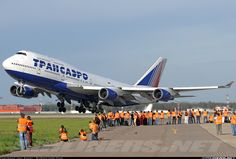 Transaero Airlines EI-XLI Boeing 747-446 | ✈ Follow civil aviation on AerialTimes. Visit our boards on pinterest.com/aerialtimes or like us on www.facebook.com/aerialtimes