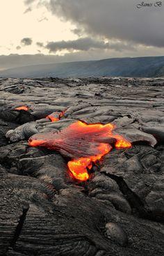 flowing lava big island hawaii 3