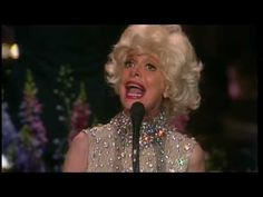 """Carol Channing sings """"Diamonds are a Girl's Best Friend"""" with the Boston Pops"""