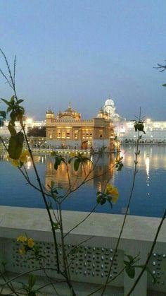 Guru Granth Sahib Quotes, Sri Guru Granth Sahib, Guru Nanak Jayanti, Guru Nanak Ji, Harmandir Sahib, Golden Temple Amritsar, Guru Gobind Singh, Temple India, Morning Images