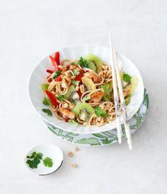 Lauwarmer Asia-Salat mit Kiwi