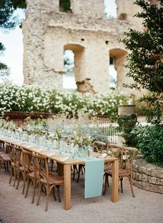 Provence Mint Wedding in a Chateau in the south of France Maroon Wedding, Elope Wedding, Destination Wedding, Dream Wedding, Wedding Dreams, Perfect Wedding, Wedding Venues, Garden Wedding Centerpieces, Garden Wedding Decorations