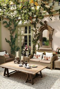 Make your patio room into a summer drawing room
