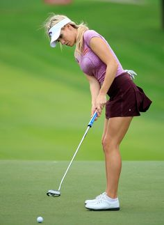 Expert Golf Tips For Beginners Of The Game. Golf is enjoyed by many worldwide, and it is not a sport that is limited to one particular age group. Not many things can beat being out on a golf course o Golf Attire, Golf Outfit, Girls Golf, Ladies Golf, Golf Sexy, Best Golf Clubs, Golf Tips For Beginners, Perfect Golf, Golf Player